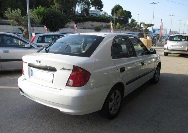 Hyundai Accent 1.5 CRDI 5P completo
